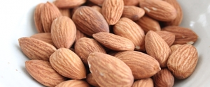 アーモンドの糖質・カロリーは?糖質制限ダイエット向き?
