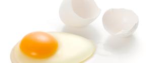 「卵はコレステロールが高いから避けるべき」は間違いだった?真実とは?