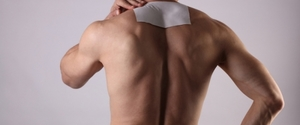 筋肉痛に湿布は効果なし!?正しい治し方とは?