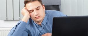 糖質制限による眠気・だるさの原因と対策方法とは?