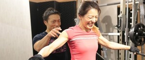 肩幅を広くする筋トレは何が効果的?動画付きで解説!