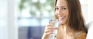 ダイエット中は水をたくさん飲もう!その高い効果を解説!