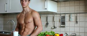 腹筋は脂肪を意識して割る!筋トレと食事のポイントを解説!