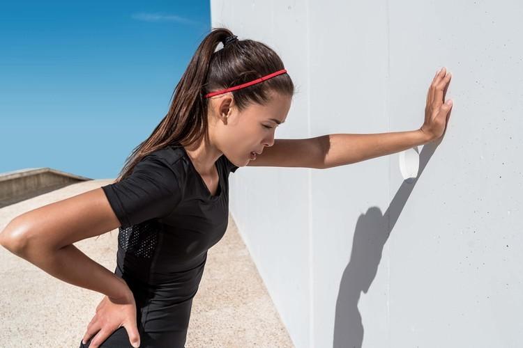 長時間の有酸素運動は筋肉を分解する